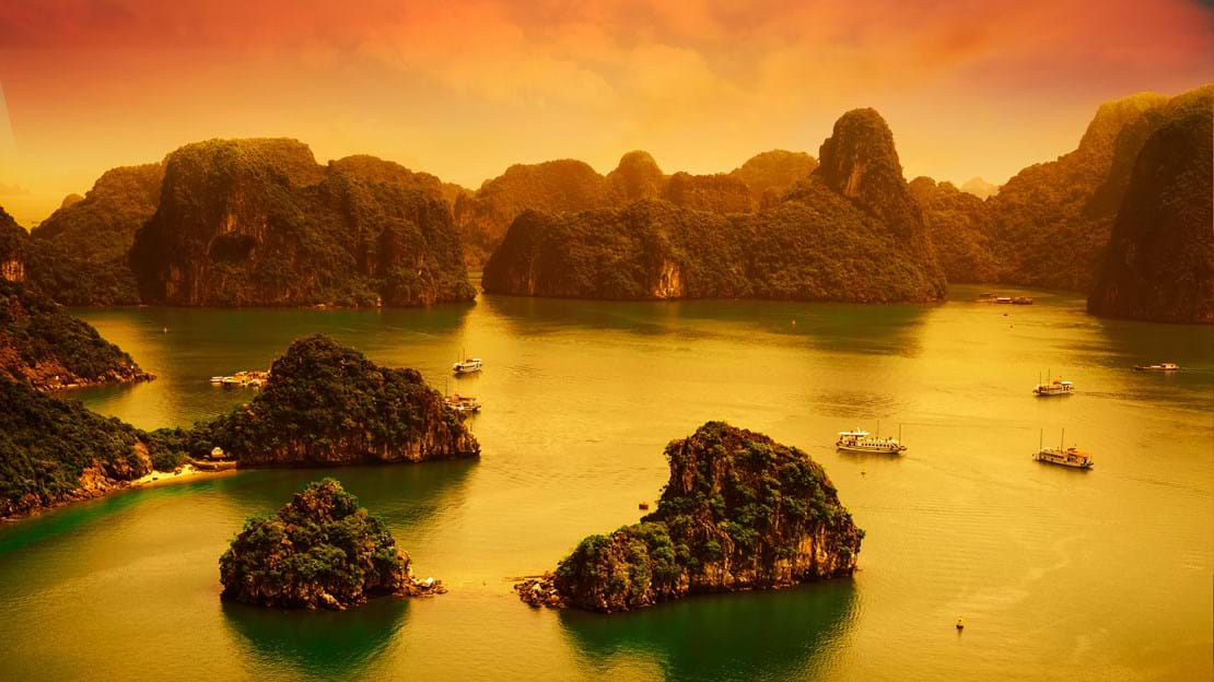 Halong sunset.jpg